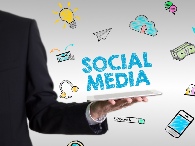community-manager-vs-social-media-manager